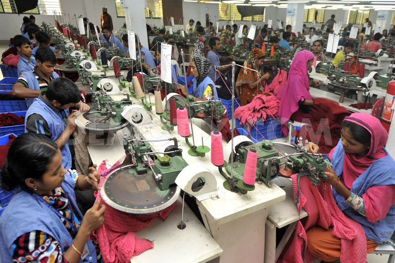 "Dec 18,  · DHAKA, Bangladesh — Criminal charges for ""unpardonable negligence"" should be brought against the owner of the Bangladesh garment factory where a ."