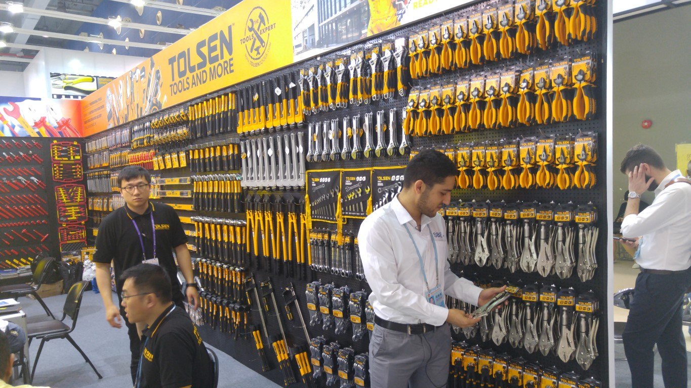 Sourcing Agent at the canton fair